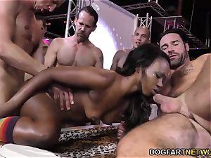 ebony Skyler Nicole likes buttfuck fucky-fucky and group sex