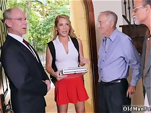South meaty bumpers Frannkie And The gang Tag squad A Door To Door Saleswoman
