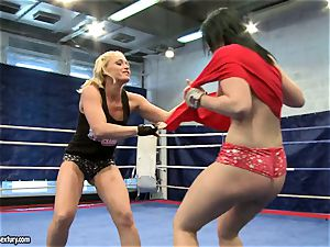Aagell Summers and Kathia Nobili hot fight bare