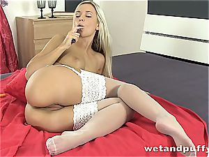 Dido angel steamy in white stocking