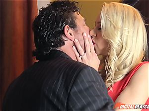 Katie Morgan has that pretty rosy honeypot penetrated in the toilets