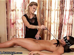 delectable stunner Jessa Rhodes teases, tickles and munches virginal Aspen