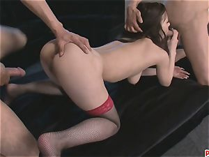 Ayami clean-shaved vag Creampied After A threesome
