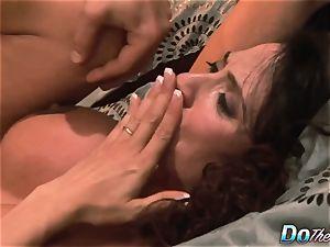 cheating wifey Ariella Ferrara shag fellow