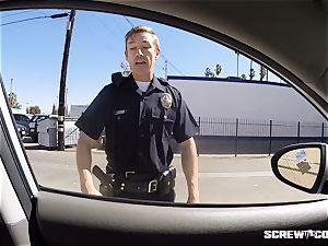 CAUGHT! ebony doll gets splattered fellating off a cop