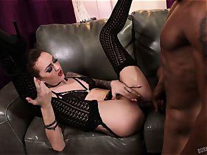 Kendra Cole pulverized by a yam-sized black knob