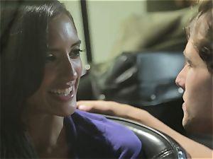 Chloe Amour smashes in her boyfriends fresh car