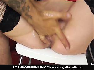 audition ALLA ITALIANA - chesty black-haired loves wet buttfuck
