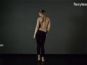 FlexyTeens - Zina flashes pliable nude bod