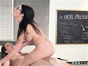 super-hot tutor Dava Foxx seduces her nervous schoolgirl