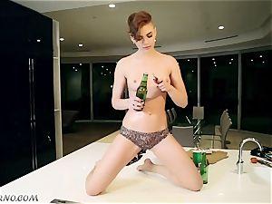 tipsy emo mega-slut Setyga smashes herself
