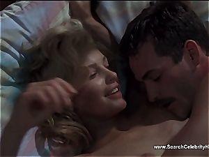 spectacular Ashley Judd looking wonderful naked on web cam