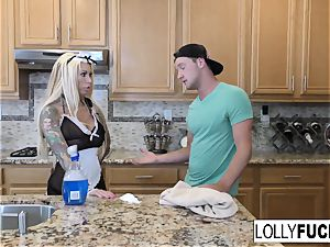 Lolly receives a internal ejaculation