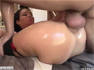 whorish rump milf Veronica Avluv gets her well-lubed culo torn up